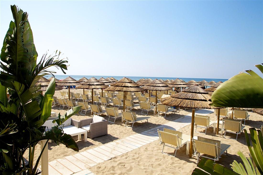 Zona Franca Beach - Lido Marini