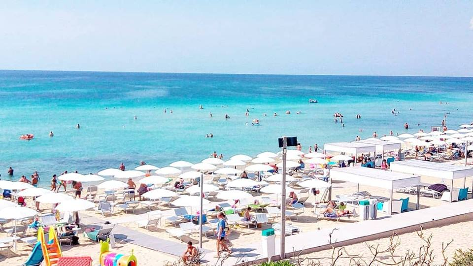 Momà Exclusive Beach