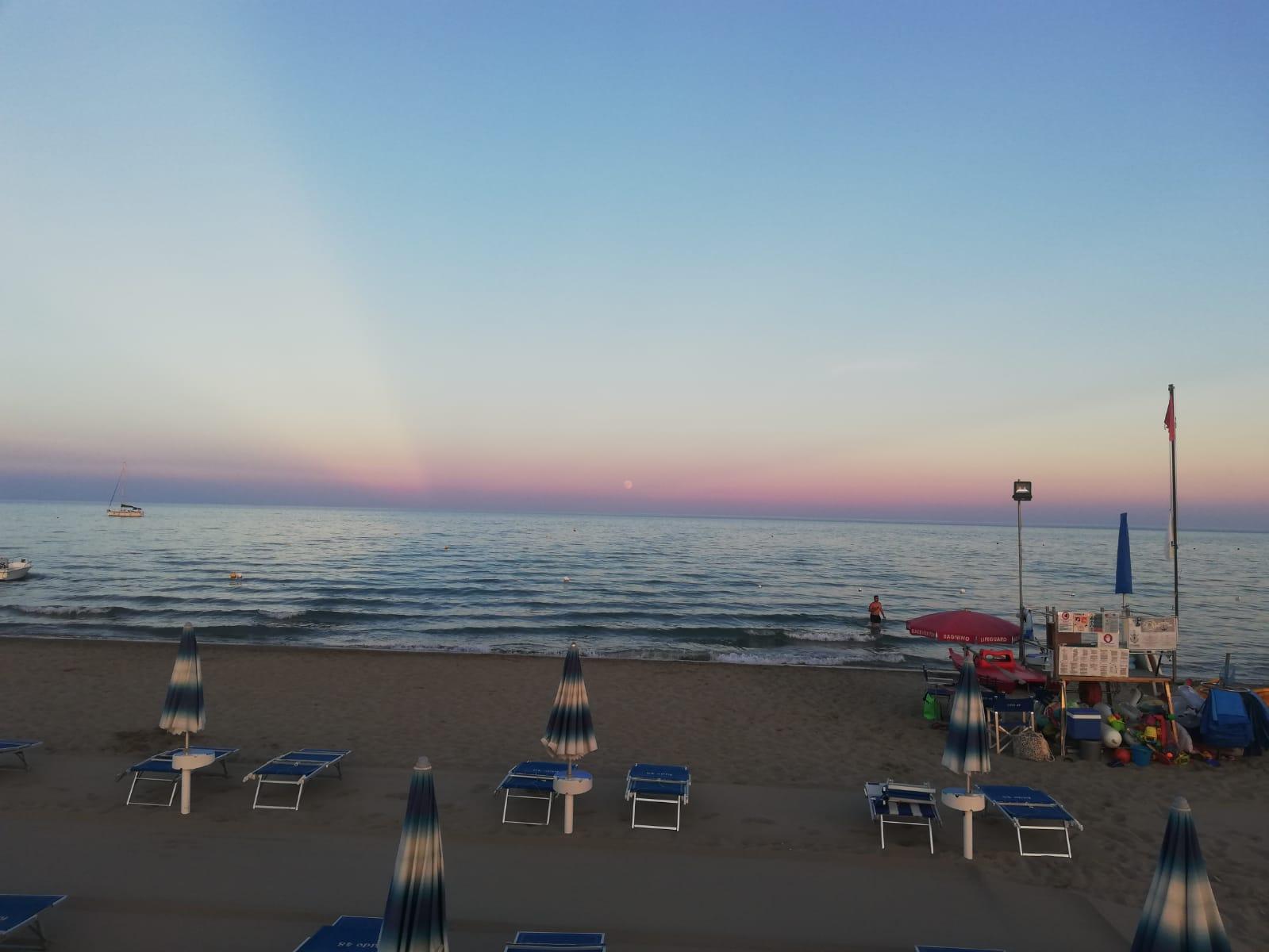 Lido 48 Beach