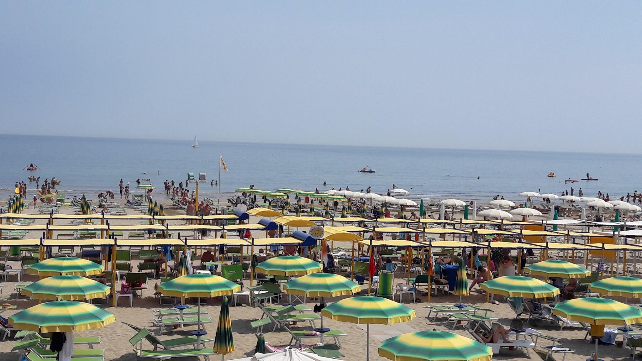 Spiaggia 77